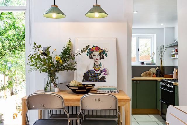 满足小型餐厅的最佳风格 节省空间的家庭餐桌创意